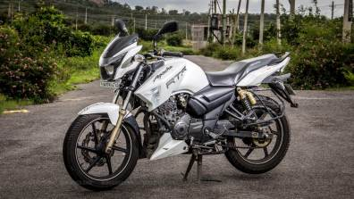 TVS Apache RTR 180 review - 04