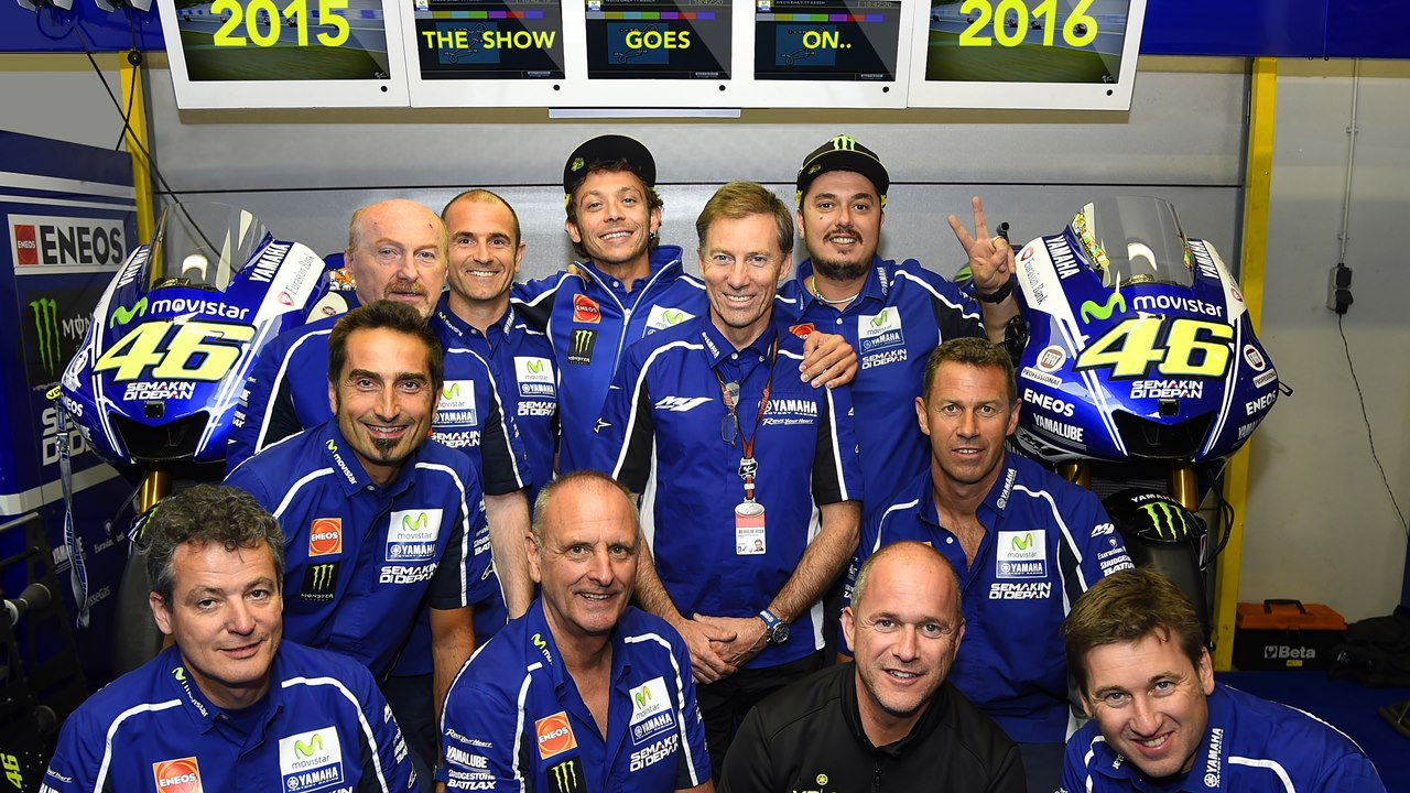 valentino rossi motogp yamaha contract extended for 2 years