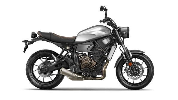 2016 Yamaha XSR700 side view