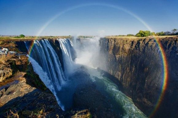 Breathtaking-rainbows-over-Victoria-Falls-the-world-s-largest