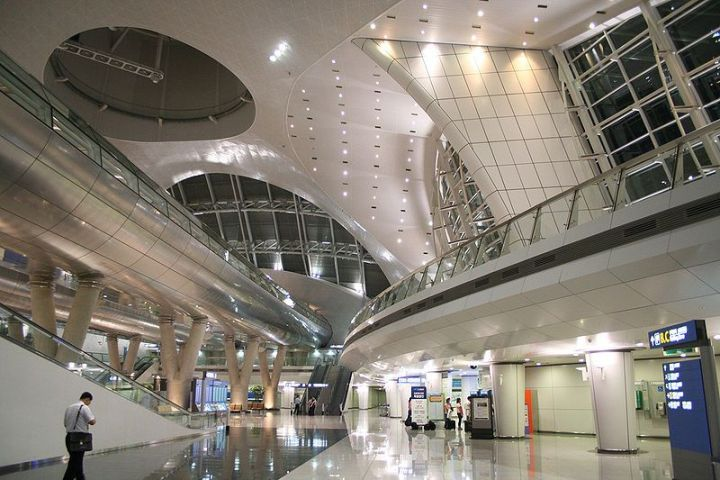 800px-incheon_international_airpot_interesting_architecture