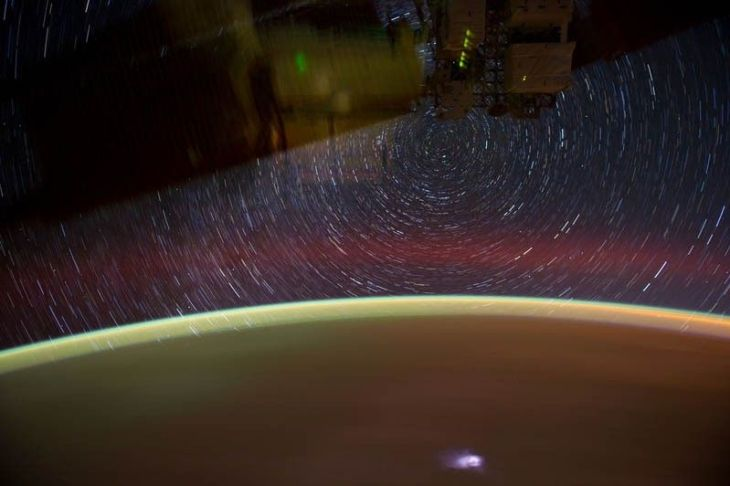 star-trails-seen-from-space-iss-nasa-don-pettit-9