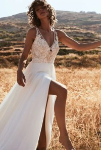 Stunning romantic bohemian wedding dresses you will fall ...