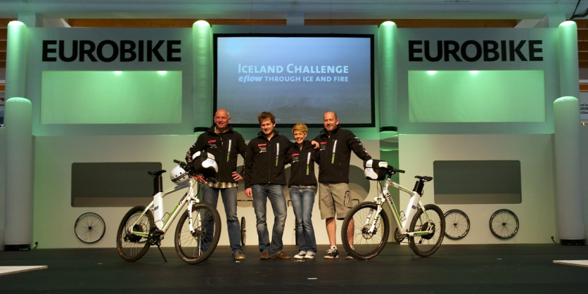 The Iceland Challenge team happy about overwhelming applause (Patrick Knappick)