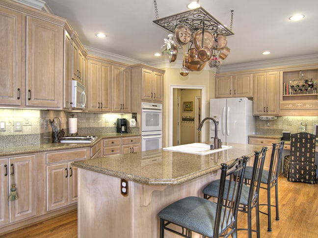 are white appliances making a comeback in charlotte homes