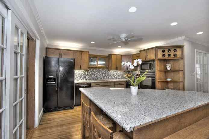 Totally renovated kitchen in Sherwood Forest