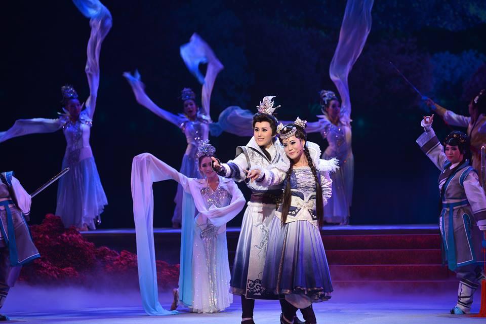 Ming Hua Yuan Taiwanese opera performance