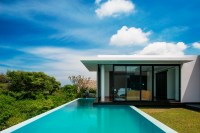 Modern Resort Villa With Balinese Theme | iDesignArch ...