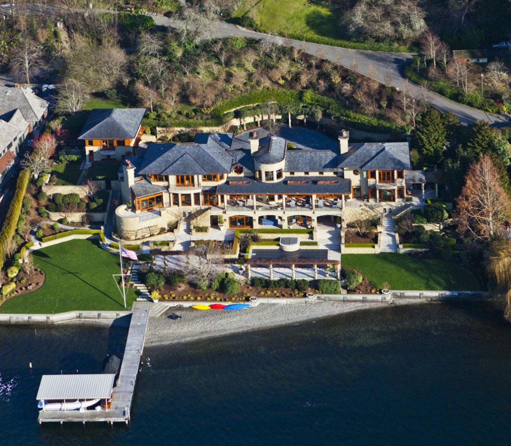 Stunning residence with private beachfront on lake washington