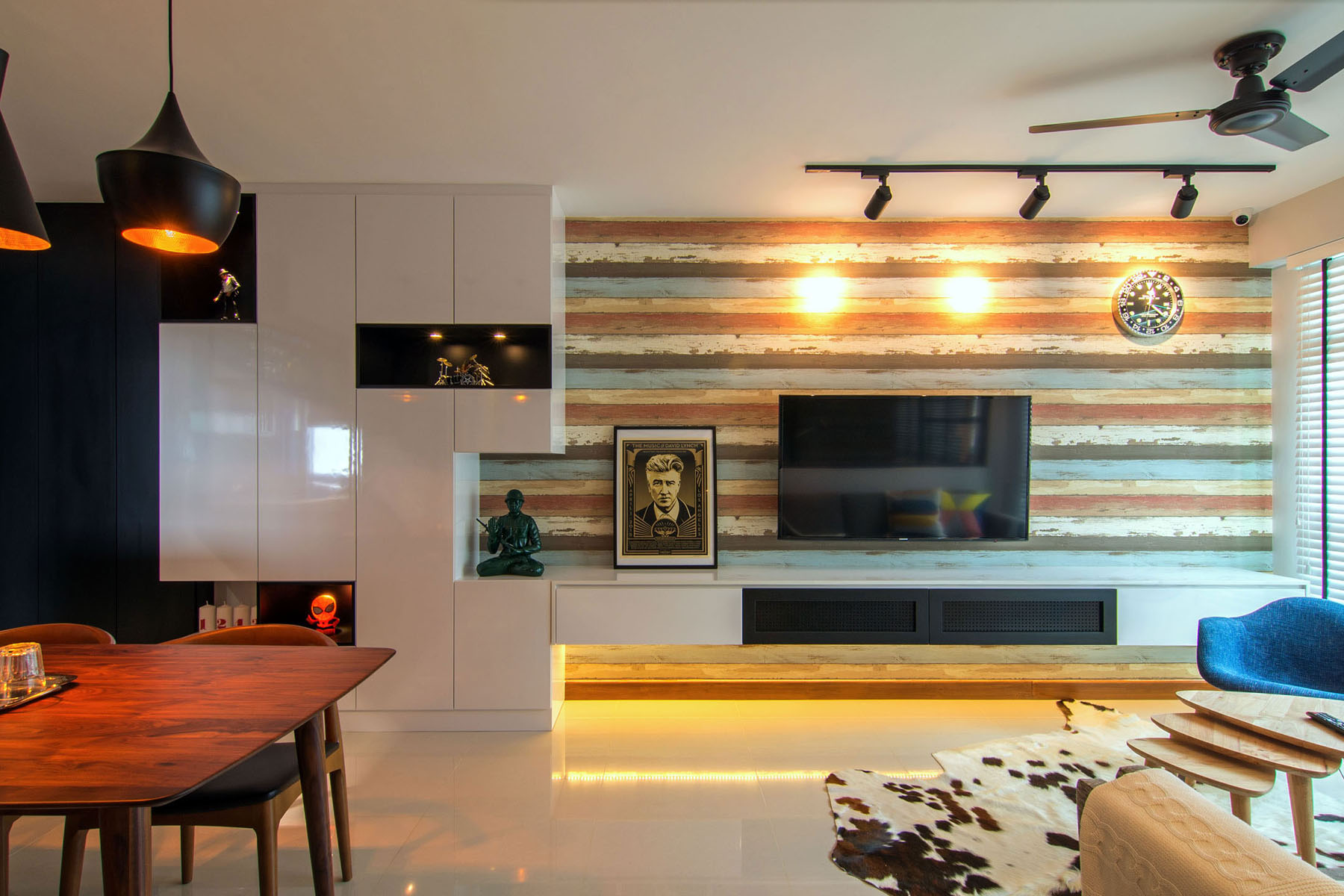Cozy apartment in singapore with stylish elements