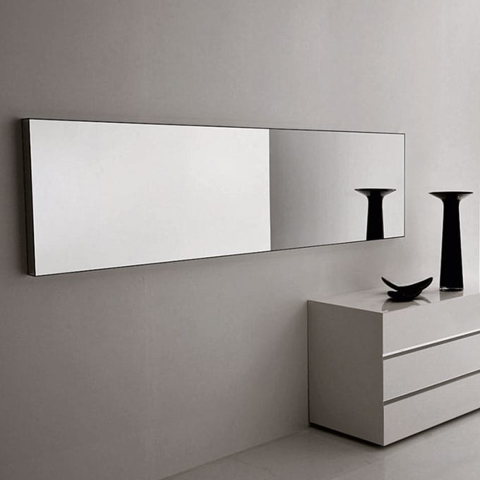 Mirror from the essential lines, in various sizes IDFdesign