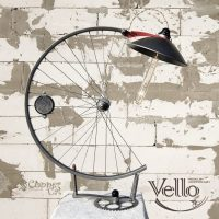 Bicycle Wheel and Parts Recycled into Steampunk Bike Lamp ...
