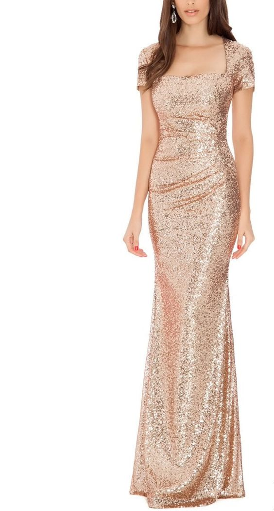 Maybe you want to dip yourself into some sparkles though, and if that's the case, you'll want to check out this elegant design.