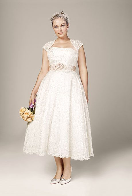 I do take two classic a line wedding gowns for plus size for Wedding vow renewal dresses plus size