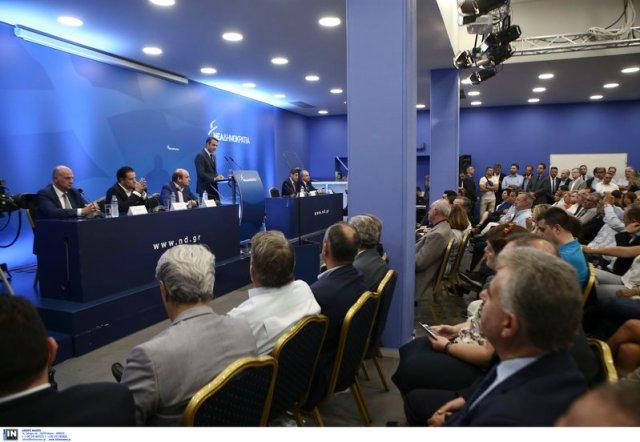 Παρά τις φιέστες οι πολίτες δεν πιστεύουν τον Τσίπρα είπε στην Πολιτική Επιτροπή της ΝΔ ο Κ. Μητσοτάκης-Φωτογραφία: intimenews/ΤΖΑΜΑΡΟΣ ΠΑΝΑΓΙΩΤΗΣ