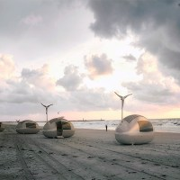 The Solar and Wind Powered Ecocapsule Has All You Need