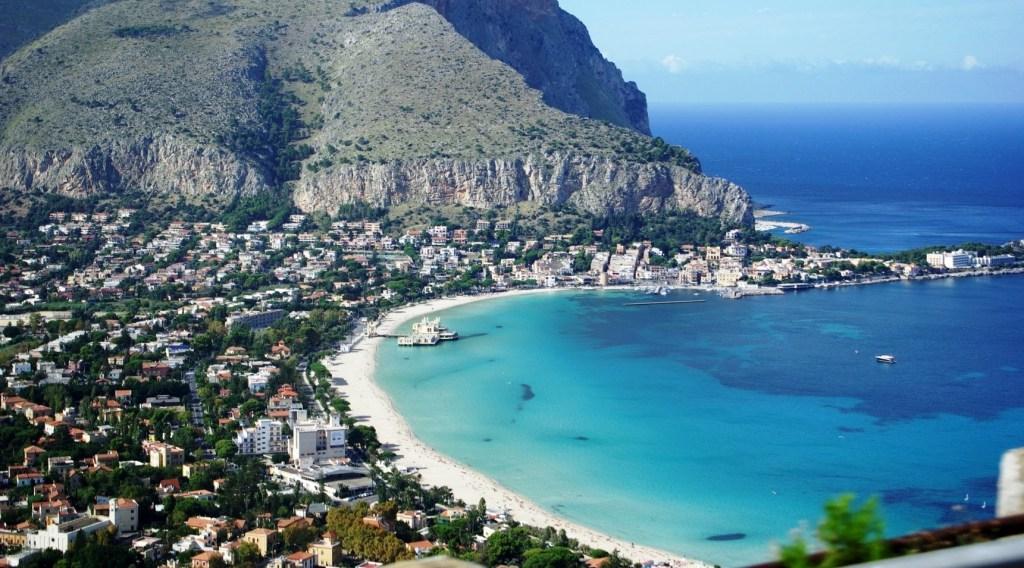 youtube-image-mondello-beach-italy