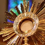 A monstrance stands in the in the chapel of St. John's Seminary in Boston. Pilot photo by Gregory L. Tracy Oct. 4, 2004