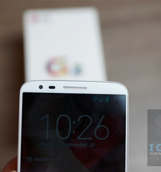 LG G2 Unboxing 3