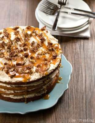 Browned Butter Pumpkin Spice Cake with Salted Caramel Buttercream - i ...