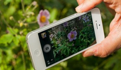 iphone-camera  How to focus an iPhone camera without touching the screen in iOS 7  iphone camera