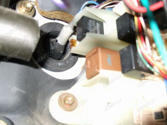 Install 3-PIN LED Flasher Relay Fix For LED Turn Signal Lights