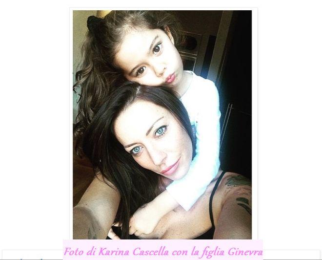 Foto di Karina Cascella con la figlia Ginevra