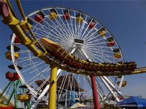Santa Monica Pier - Ferris Wheel & Rollercoaster