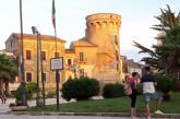 Menna e Bosco invitano i cittadini a esporre la bandiera europea e il tricolore alle finestre per colorare Vasto con le tinte dell'Europa e dell'Italia