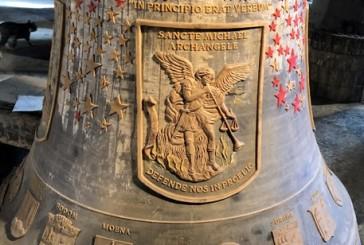 Una grande campana-monumento dedicata alla Pace e a tutte le 506 minoranze etniche
