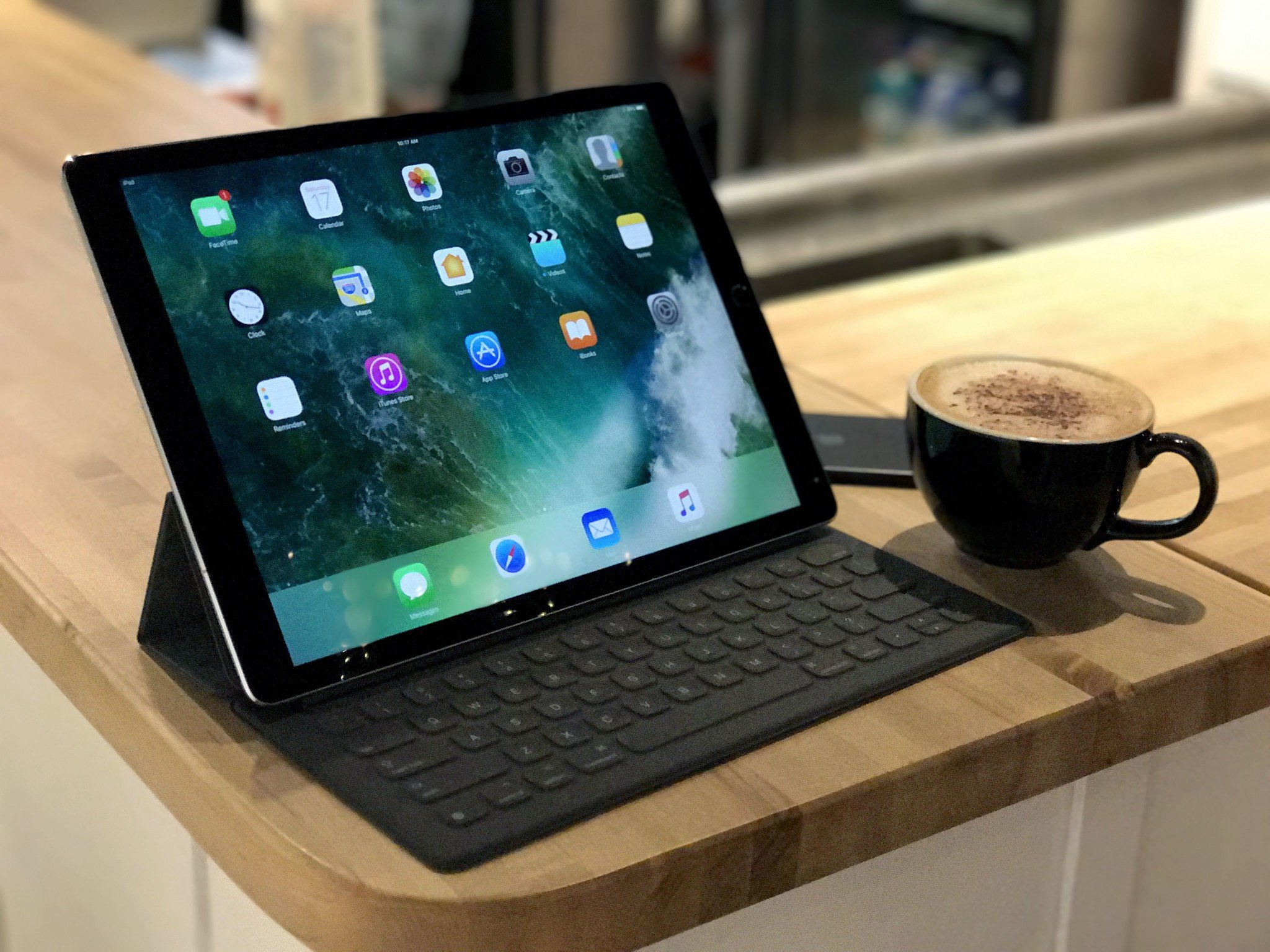 Fall Wallpaper For My Phone 12 9 Inch Ipad Pro Review 2017 Bigger Meets Better Imore