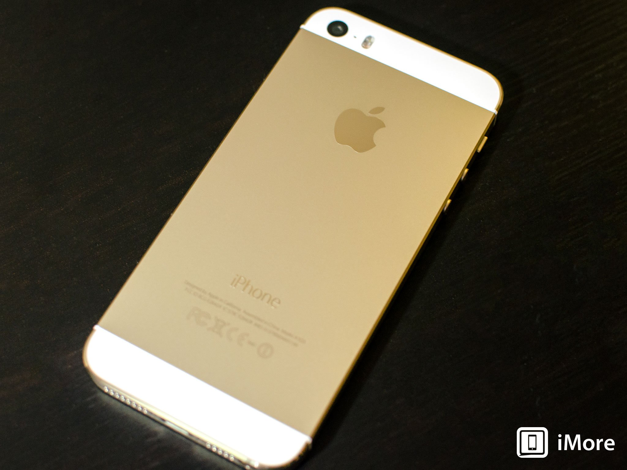 Iphone 5c Wallpaper Hd Iphone 5s Photo Comparison Gold Silver And Space Gray