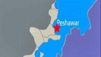 11-injured-shops-destroyed-peshawar-bomb-blast-1324299581