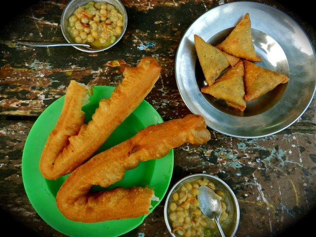 Burmese Street Food 10 Tasty Meals For Under 1 Dollar
