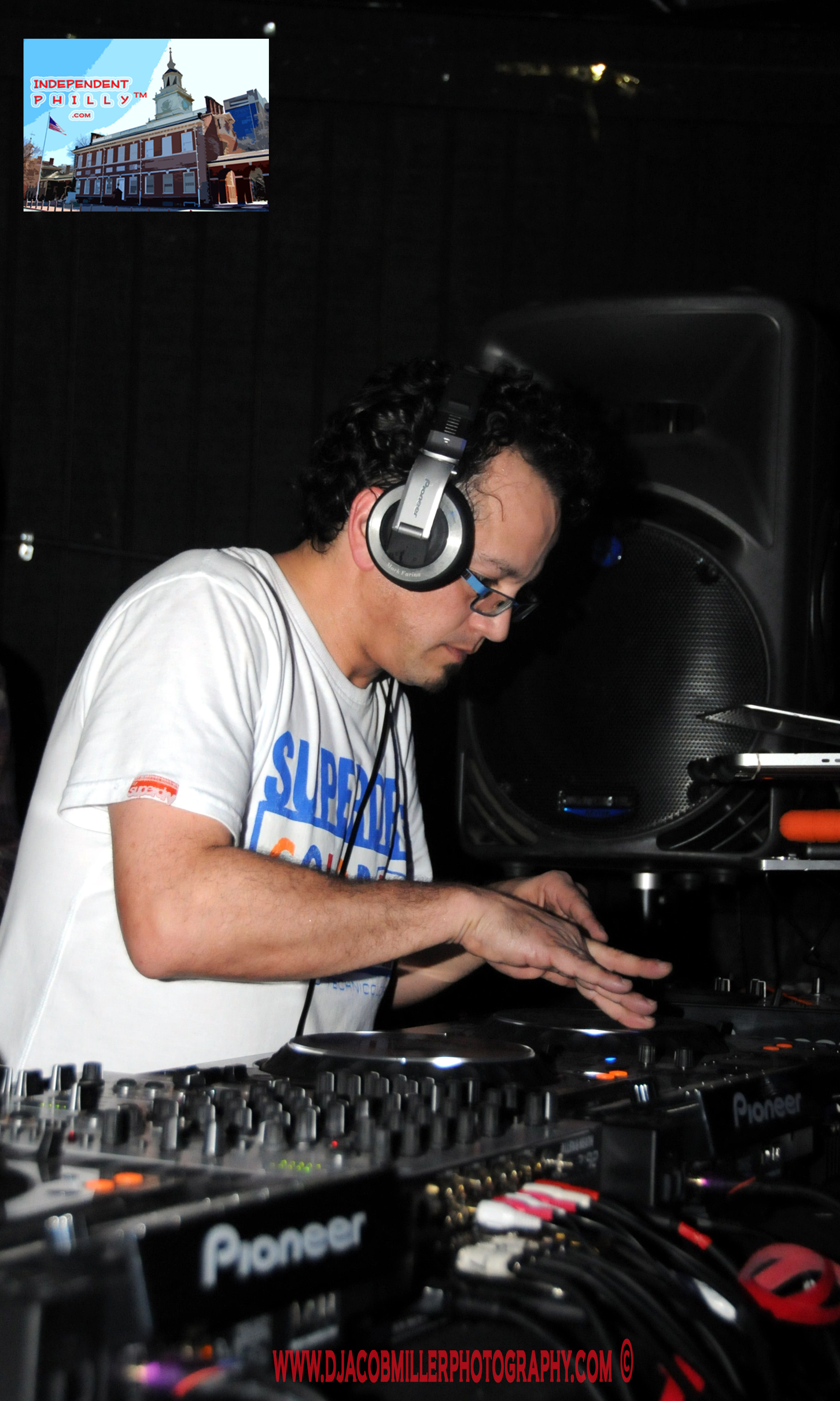 Dj mark farina in the house for House music all night long