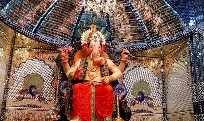 Ganpati Bappa Wallpaper Hd 3d Ganesh Festival Lalbaugcha Raja 2015 First Look Pictures