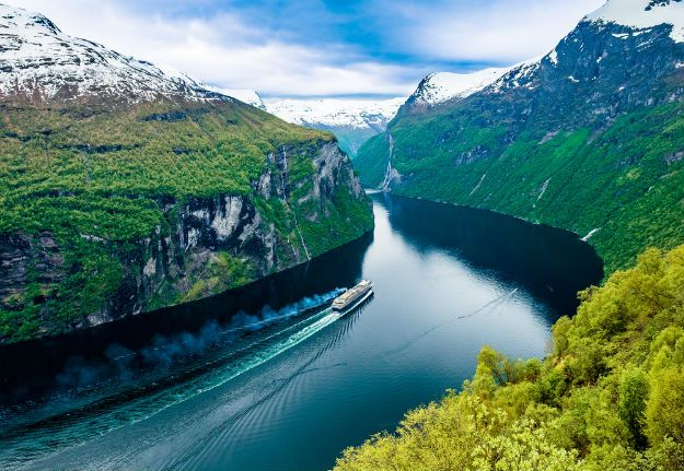 Stunning Photos of Geiranger Fjord in Norway Will Make You Add it to - fjord