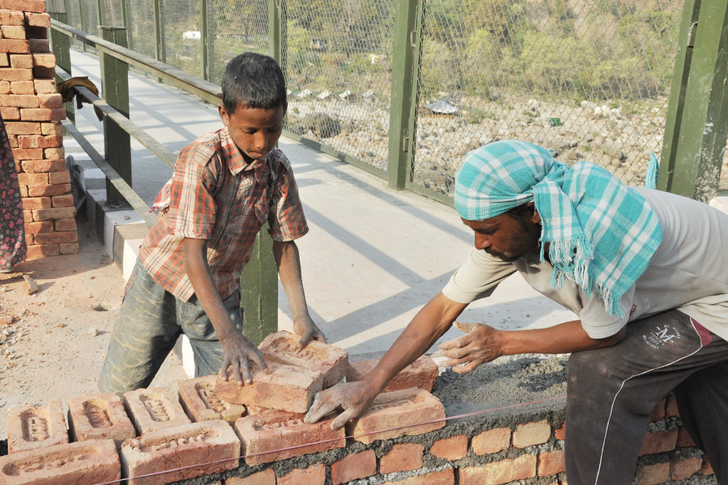 Poor Child Wallpaper Hd Child Labour Is Being Banned In India India Travel Forum