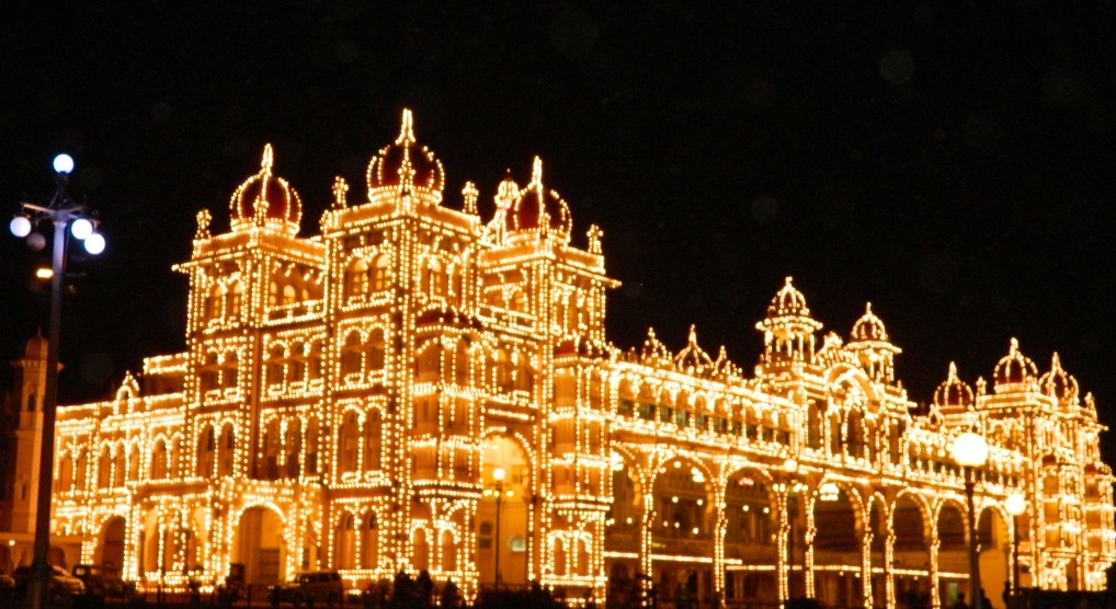 Indian Culture Wallpaper Hd Mysore Palace During Light Amp Sound Show India Travel