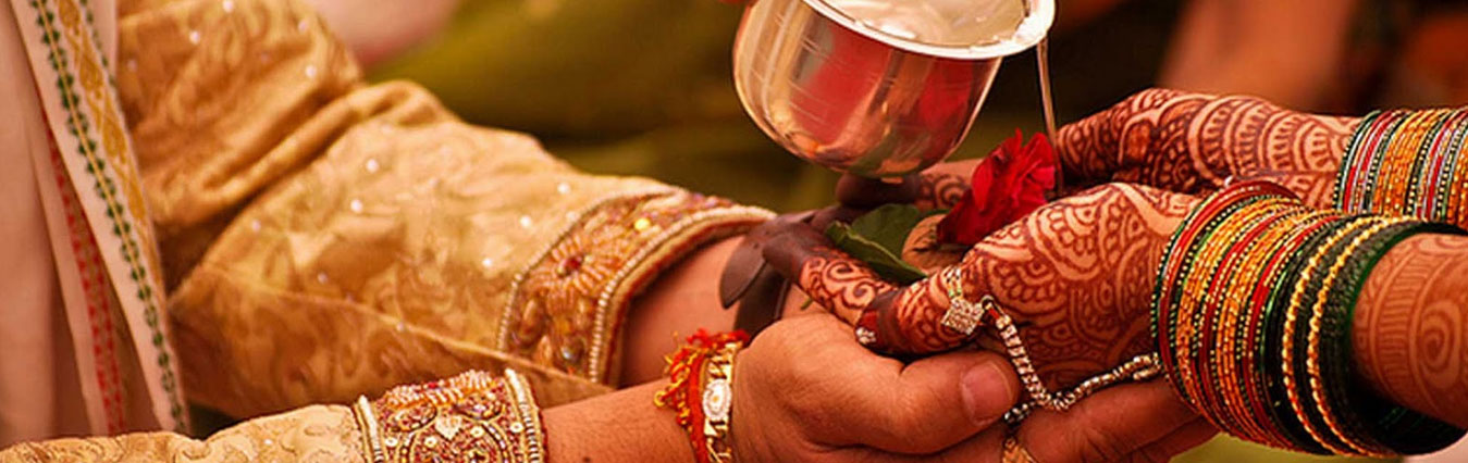 Best Gujarati Quotes Wallpaper West Indian Wedding Traditions Ceremony Of Hindu