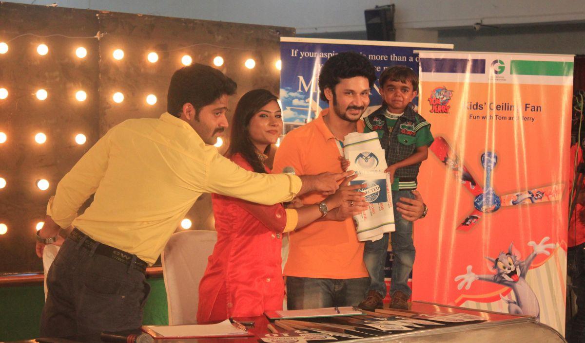 Neengalum Aagalaam Vijay Stars - Audition Details