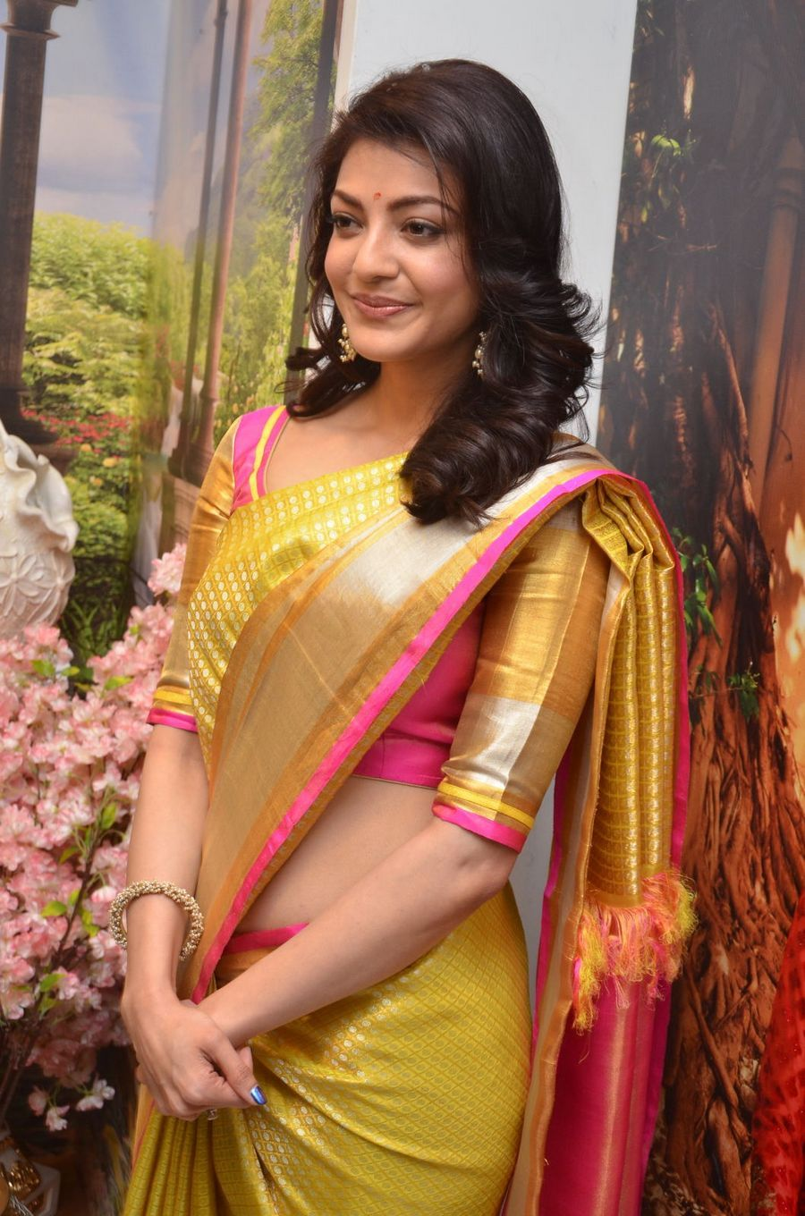Bhavana Cute Hd Wallpapers Kajal Agarwal 50 Best Pictures And New Hd Wallpapers