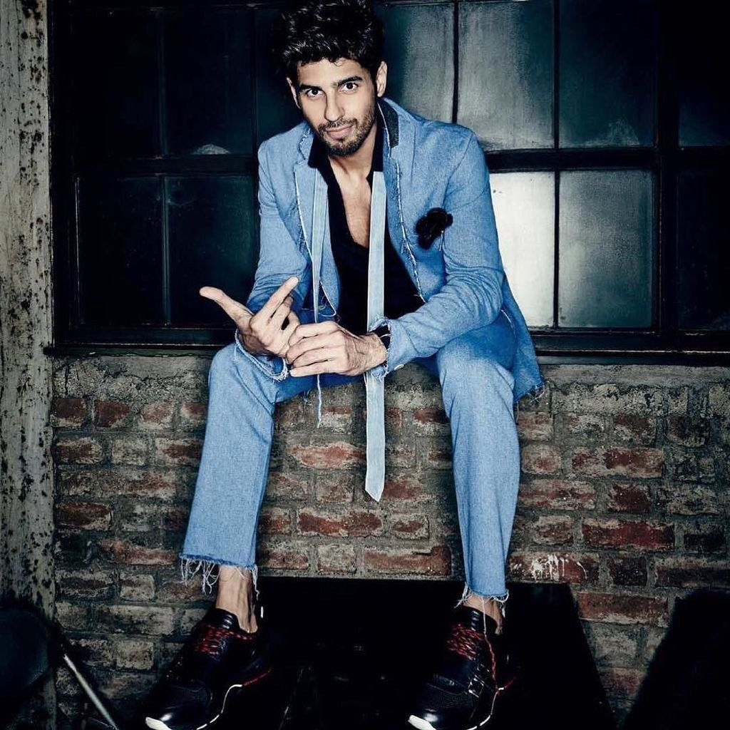 Handsome Cute Boy Hd Wallpaper Sidharth Malhotra New Photoshoot And Wallpapers