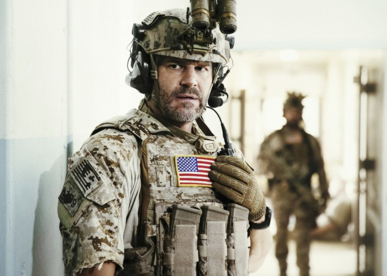 Fall Dog Wallpaper Seal Team Review Cbs Gets David Boreanaz Back On Tv And A