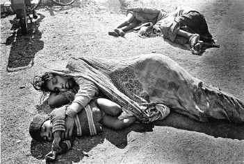 Bhopal, a 25 anni dalla tragedia il disastro ambientale continua.