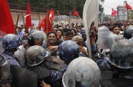 Produzione industriale a rischio in India per le continue incursioni dei Maoisti
