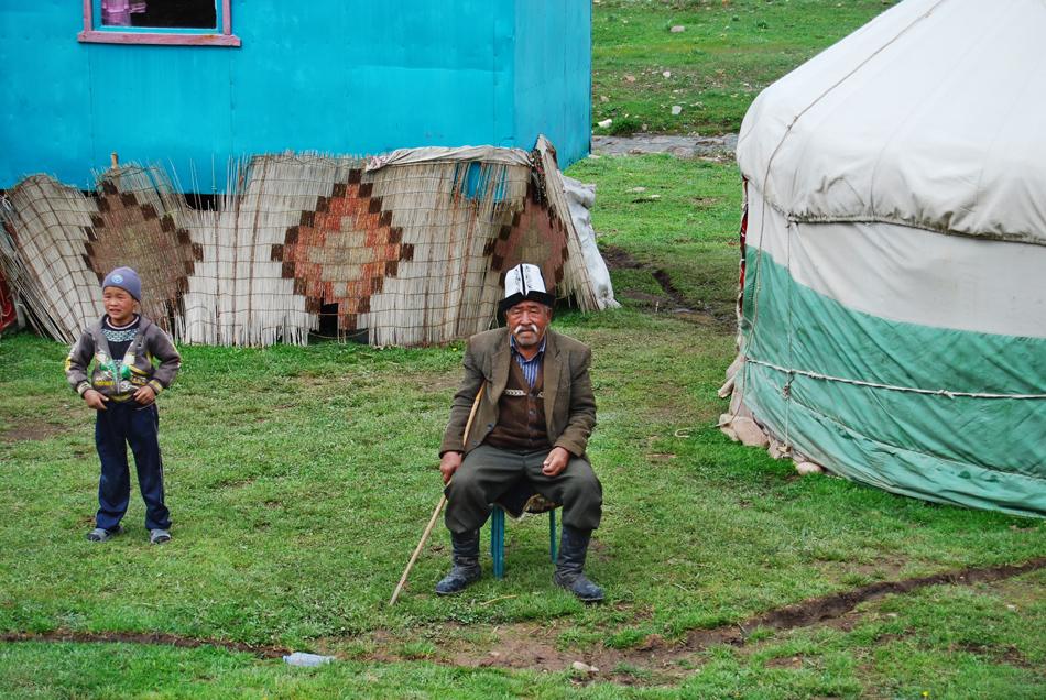 Abitazione nomade verso Tash-Rabat