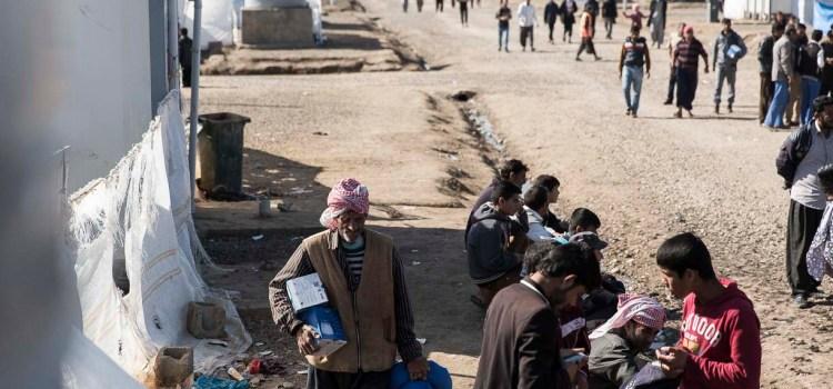 A Mosul Ovest si stringe il cerchio attorno all'Isis, da 'Esodi' su EastWest