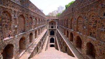 Agrasen-Ki-Baoli-Main
