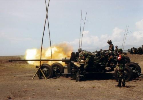 S-60 Arhanudse TNI AD dalam sebuah uji penembakan
